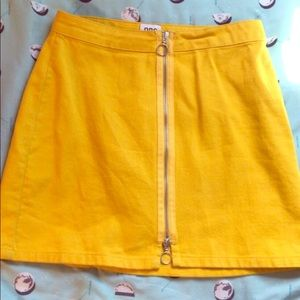 yellow urban outfitters BDG mini skirt 💛